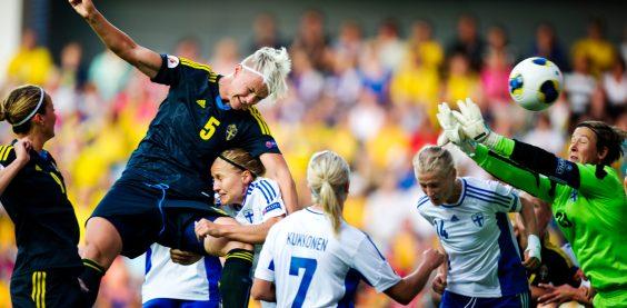 EM Sverige - Finland. Nilla Fischer nickar in 1-0 / GT / Expressen